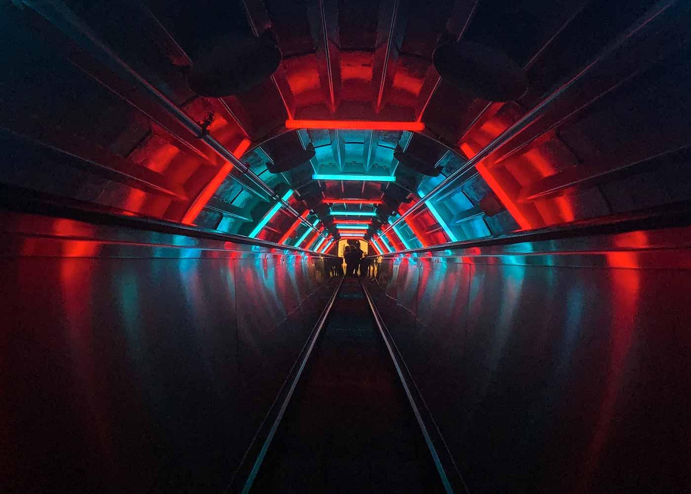 Neon III